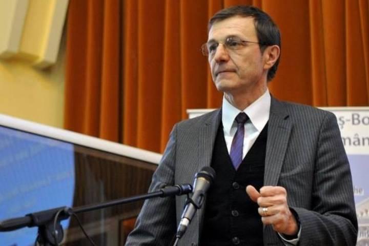 Ioan Aurel Pop: Biserica în vremuri de restricții