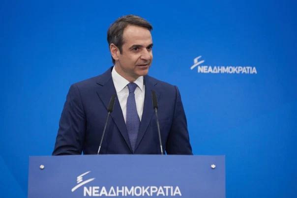 """Grecia deschide bisericile pe 4 mai 2020 pentru """"rugăciune individuală"""" și pe 17 mai pentru slujbe"""