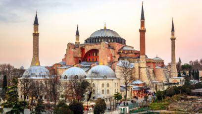 Transformarea Aghiei Sophia din Turcia în moschee